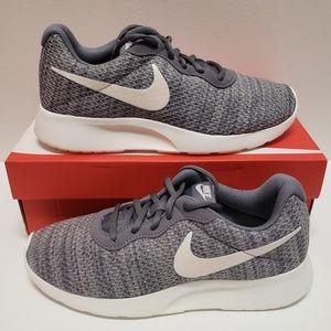 NEW Womens Nike Tanjun Premium